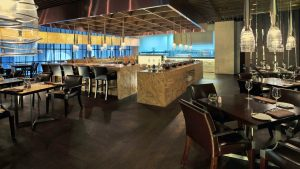 008022-03-bar-restaurant