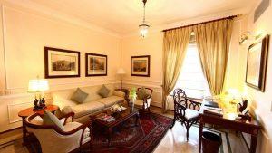 pr002796_soo_luxury-suite-living-room